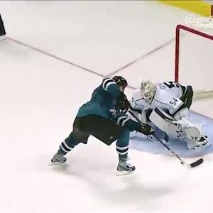 Joe Thornton is captain clutch in shootout