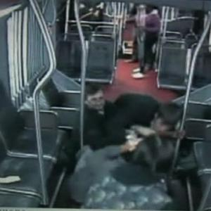 Raw: Passengers Take Down Robber on Seattle Bus