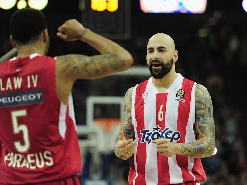 pero antic olympiacos