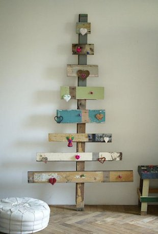 Board Christmas Tree