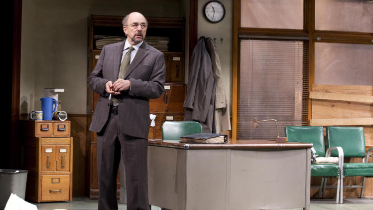 "This undated publicity photo released by Jeffrey Richards Associates shows Richard Schiff in a scene from ""Glengarry Glen Ross"" at the Gerald Schoenfeld Theatre in New York. (AP Photo/Jeffrey Richards Associates)"