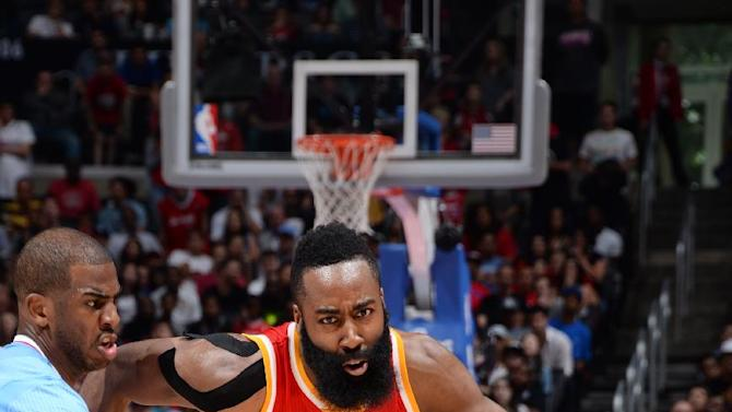 Rockets hang on to beat Clippers 100-98