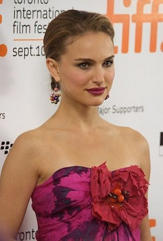 Natalie Portman at the premiere gala for Love and Other Impossible Pursuits at the 2009 Toronto International Film Festival.