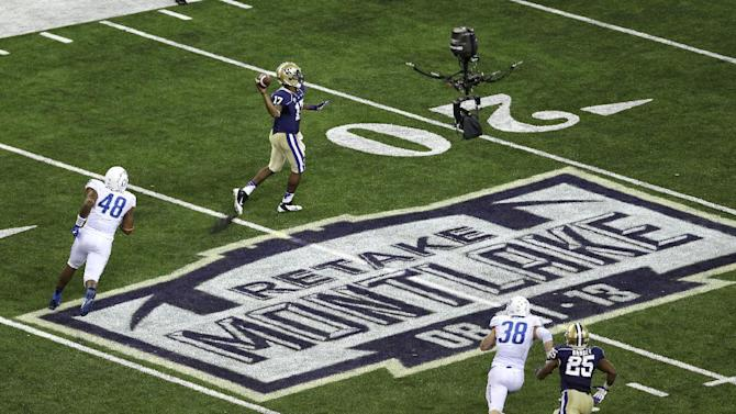 Washington routs No. 19 Boise State 38-6