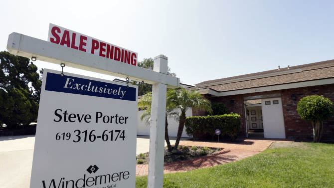 US 30-year mortgage rate steady at 4.57 pct.