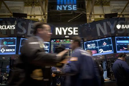Equities extend rally; oil rebounds, helping rouble rise