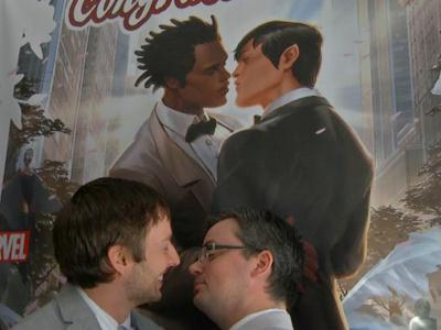 """Same-sex """"geeks"""" marry in NYC comic store"""