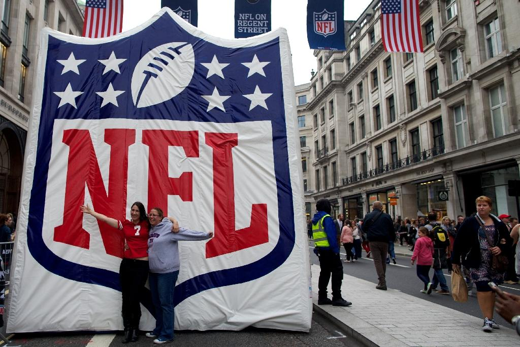 NFL owners vote to extend international series