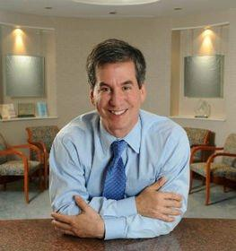 Renowned Washington DC Plastic Surgeon Speaks to Women for Fab Over 50 Event