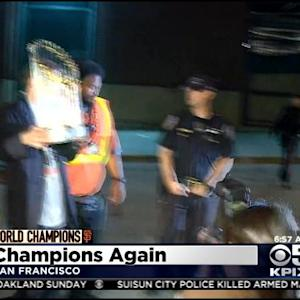 World Champions Return To San Francisco In Dark Of Night