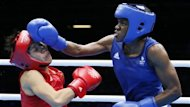 Nicola Adams a dcroch la premire mdaille d&#39;or en boxe fminine de l&#39;histoire des Jeux olympiques