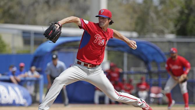 Hamels 5 scoreless innings as Phils lose to Blue Jays 4-1