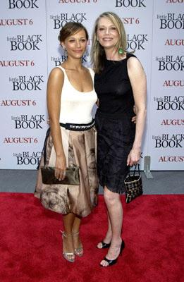Premiere: Rashida Jones and Peggy Lipton at the New York premiere of Revolution Studio's Little Black Book - 7/21/2004