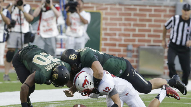 No. 10 Baylor credited with record-tying 9th sack