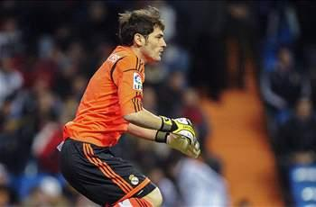 Casillas included in Real Madrid squad to face Manchester United