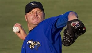 Sugar Land Skeeters starter Roger Clemens warms up before a minor league baseball game Sept. 7, 2012, in Sugar Land, Texas. THE CANADIAN PRESS/AP, Houston Chronicle, Brett Coomer