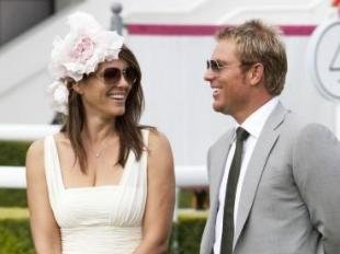 Divorce d'Elizabeth Hurley : Shane Warne annonce lui aussi sa sparation !