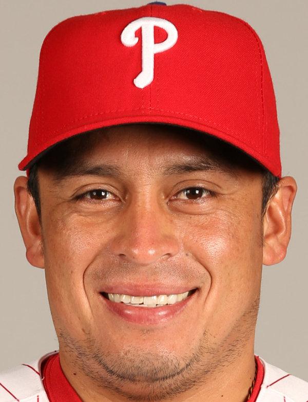 http://l1.yimg.com/bt/api/res/1.2/ZhEv_rvvl43Yr33bmfneeQ--/YXBwaWQ9eW5ld3M7cT04NTt3PTYwMA--/http://media.zenfs.com/en/person/Ysports/carlos-ruiz-baseball-headshot-photo.jpg