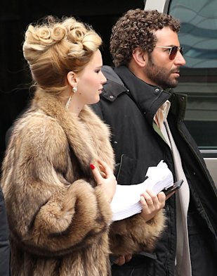 Jennifer Lawrence and Bradley Cooper on 'American Hustle' Boston set