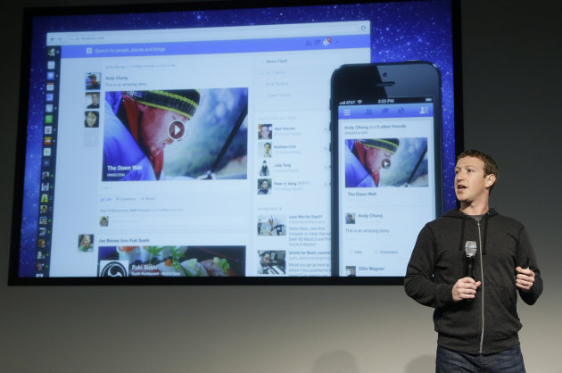 <p>               Facebook CEO Mark Zuckerberg speaks at Facebook headquarters in Menlo Park, Calif., Thursday, March 7, 2013. Zuckerberg on Thursday unveiled a new look for the social network's News Feed, the place where its 1 billion users congregate to see what's happening with their friends, family and favorite businesses.(AP Photo/Jeff Chiu)