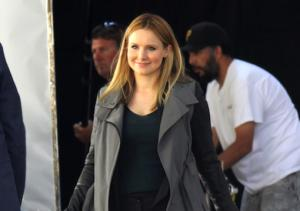 Veronica Mars Movie: Veronica's Dating [Spoiler]?