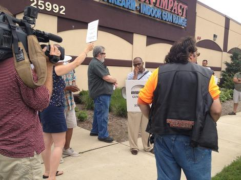 Detroit Gun Opponents to Protest Proposed Walmart
