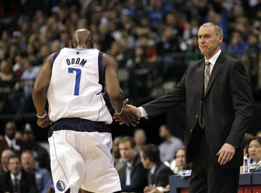 Nowitzki scores 40 as Mavs beat Jazz 102-96