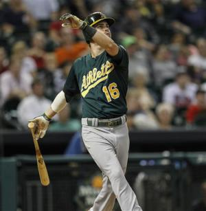 Reddick's 2-run homer lifts A's past Astros 4-3