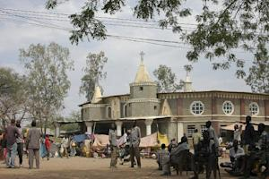 South Sudanese take refuge in the Malakal Catholic …