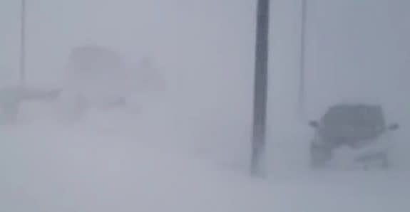 Intense Texas Blizzard Caught in Videos