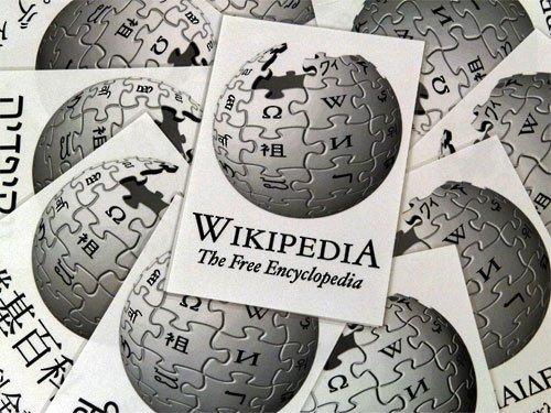 Google, Wikipedia are American kids' top tools for school research