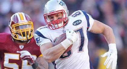 Reports: Gronkowski has surgery on forearm