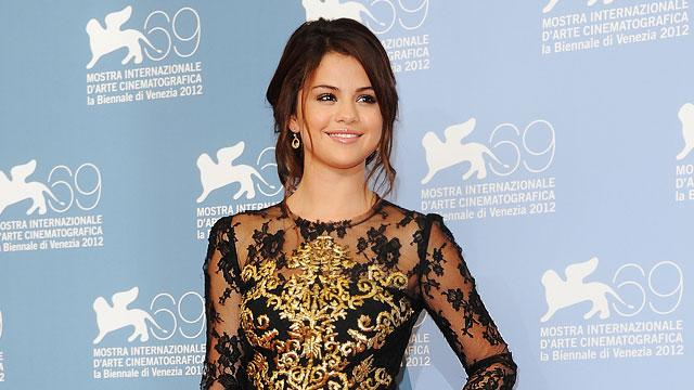 Selena's Xmas Plans: It'll 'Just Be Me This Year'