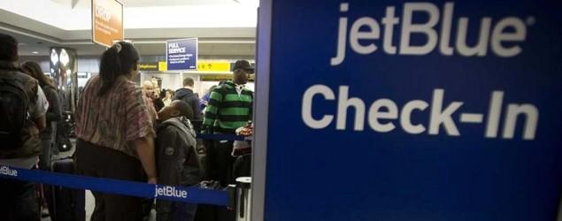 JetBlue adding fee for first checked bag