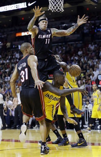 Heat win 18th straight, roll past Pacers 105-91