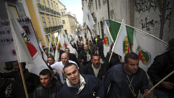 IMF: Bailed-out Portugal needs extra debt effort