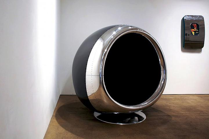 An Old Boeing 737 Engine Cowling is Reborn…As a Chair