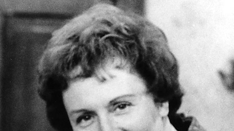 Jean Stapleton (Jan. 19, 1923 - May 31, 2013)