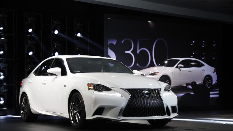 Lexus upgrades entry-level luxury with 2014 IS