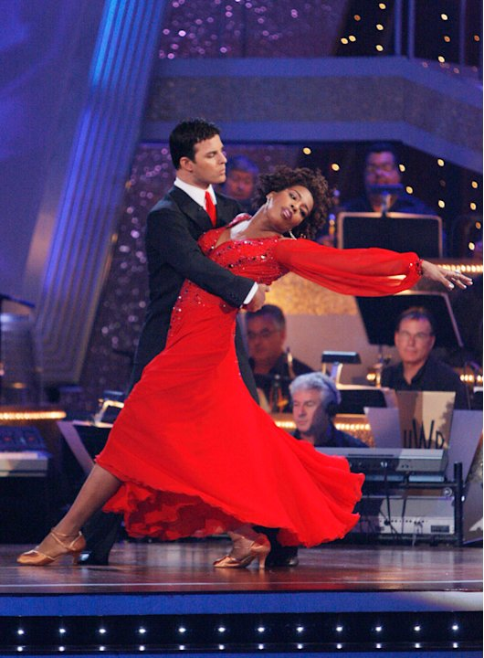 Macy Gray and Jonathan Roberts perform the Viennese Waltz to &quot;(You Make Me Feel Like A) Natural Woman&quot; by Aretha Franklin on &quot;Dancing with the Stars.&quot; 