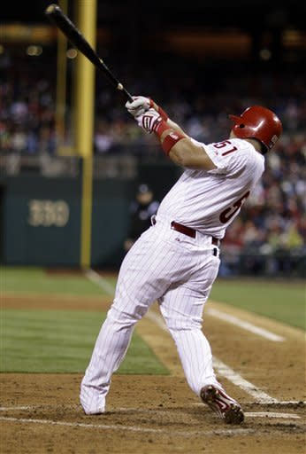 Ruiz, Blanton lead Phillies over Cubs 5-2