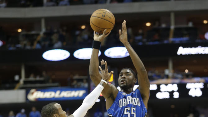 Magic beat Mavericks in preseason