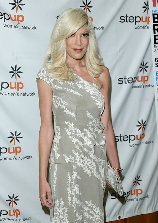 Tori Spelling attends the Step Up Women's Network's 2009 Inspiration Awards Luncheon at the Beverly Wilshire Four Seasons Hotel on June 5, 2009 in Beverly Hills, California. 