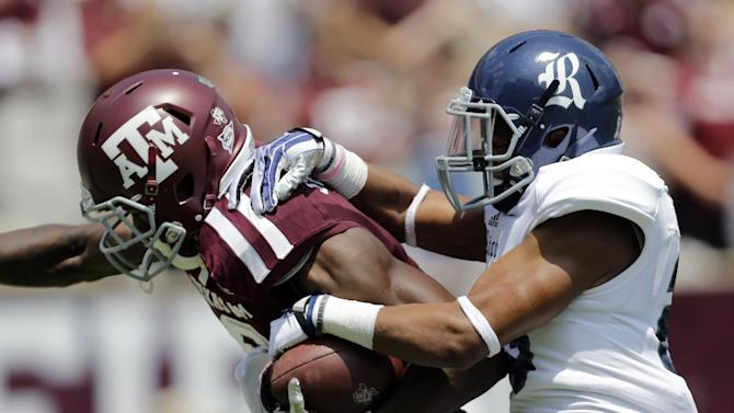 Manziel throws 3 TDs to lead A&M over Rice 52-31