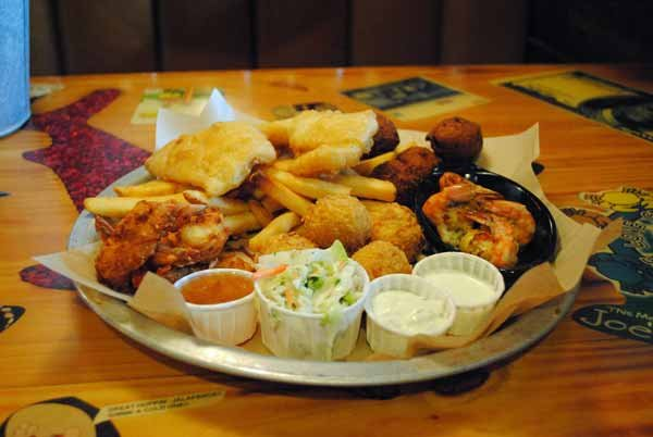 "7. The Big ""Hook"" Up -- Joe's Crab Shack"
