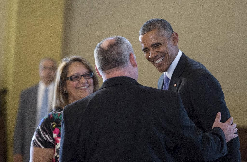 Obama in surprise visit to Cuban community church in Miami