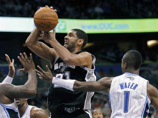 Parker lifts Spurs over Magic 85-83 in OT