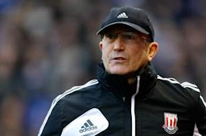 Stoke boss Pulis hopes 40 points will be enough for Premier League survival