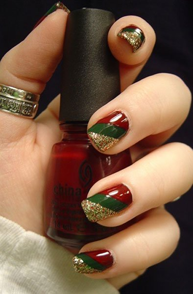 Best Christmas nail art © pinterest