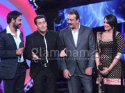 Ajay, Sanjay, Sonakshi and Salman set the Bigg Boss stage on fire!
